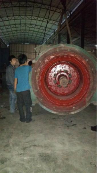 电机修理凸极同步电机转子拆卸